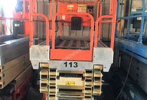 Jlg 32FT SCISSOR LIFT