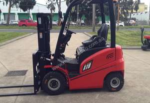 A series 1.8T Electric  Forklift