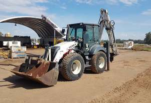 Terex 980 Elite Backhoe Loader