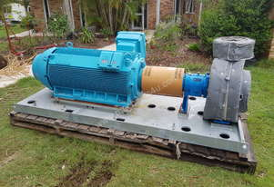 350 KW 2013  Frame : 355C/D/E Electric Centrifugal Water Pump ITT Goulds Pumps 3185L 415 V 3 Phase