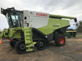 Claas Lexion 760TT Header(Combine) Harvester/Header - picture0' - Click to enlarge