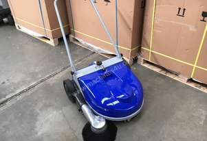 Fiorentini Flash 650M manual sweeper
