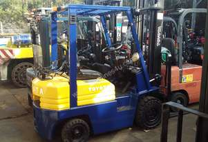 Toyota 5FG15 4.3m Lift Height Side Shift