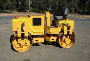 Ingersoll-Rand DD32 Vibrating Roller Roller/Compacting