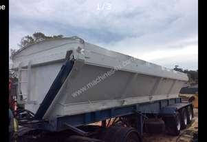 1996 Tristar Industries side bowl tipper