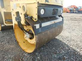 2010 Used Dynapac CC900G Double Drum Vibrating Roller - picture5' - Click to enlarge