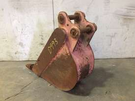 230MM DAMAGED TRENCHING BUCKET WITH SAND BLADE D993 - picture1' - Click to enlarge