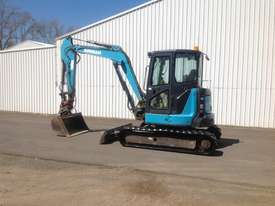 2015 Hitachi / Airman 5.5 tonn Excavator - picture1' - Click to enlarge