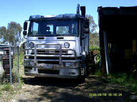 iveco MP-4500 , 500hp 16sp amt , boggie tilt / slide - picture8' - Click to enlarge