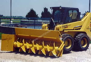R24C BB Windrow Turner
