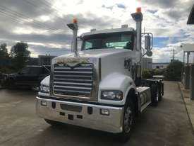 Mack Trident 6 x 4 Rigid - picture0' - Click to enlarge