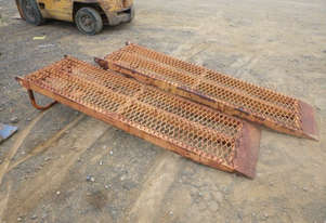Unknown Set of ramps Miscellaneous Parts