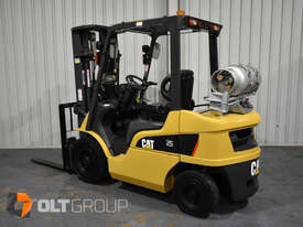 CAT Forklift GP25N 2.5 Tonne Dual Fuel Petrol/LPG Container Mast Excellent Condition Solid Tyres - picture0' - Click to enlarge