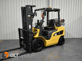 CAT Forklift GP25N 2.5 Tonne Dual Fuel Petrol/LPG Container Mast Low Hours - picture2' - Click to enlarge