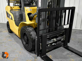 CAT Forklift GP25N 2.5 Tonne Dual Fuel Petrol/LPG Container Mast Low Hours - picture7' - Click to enlarge