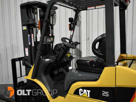 CAT Forklift GP25N 2.5 Tonne Dual Fuel Petrol/LPG Container Mast Low Hours - picture12' - Click to enlarge