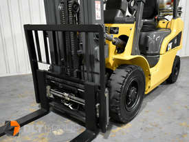 CAT Forklift GP25N 2.5 Tonne Dual Fuel Petrol/LPG Container Mast Low Hours - picture14' - Click to enlarge