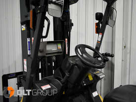 CAT Forklift GP25N 2.5 Tonne Dual Fuel Petrol/LPG Container Mast Low Hours - picture16' - Click to enlarge