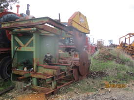 Gibson twin log breakdown saw sawmill - picture0' - Click to enlarge