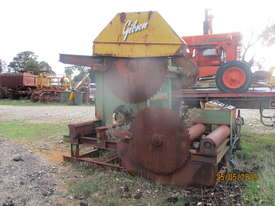Gibson twin log breakdown saw sawmill - picture1' - Click to enlarge