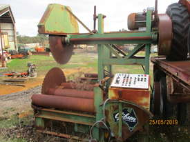 Gibson twin log breakdown saw sawmill - picture2' - Click to enlarge