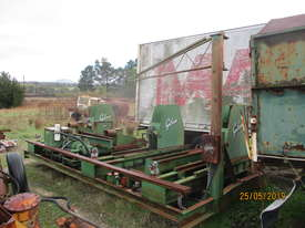 Gibson twin log breakdown saw sawmill - picture3' - Click to enlarge
