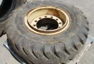 SECONDHAND TYRES - ONLY 1 LEFT