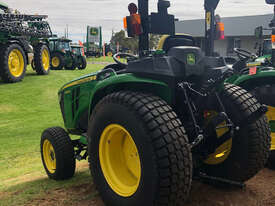John Deere 3038E FWA/4WD Tractor - picture0' - Click to enlarge