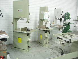 Xcalibur Heavy Duty Vertical Band saw 8710102 - picture2' - Click to enlarge