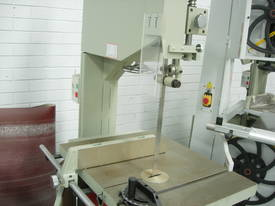 Xcalibur Heavy Duty Vertical Band saw 8710102 - picture7' - Click to enlarge