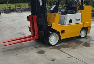 Yale 5T Forklift with Container Mast