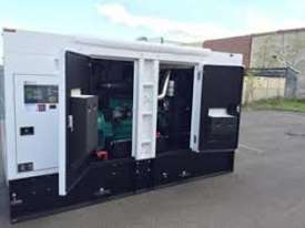 200kVA 3 phase silenced generator set - picture2' - Click to enlarge