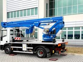 CTE B-Lift 260 Truck-Mounted Platform - picture8' - Click to enlarge
