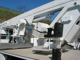 CTE B-Lift 260 Truck-Mounted Platform - picture4' - Click to enlarge