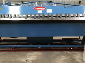2 Axis Angle & Backgauge 3200mm x 4mm Panbrake - picture0' - Click to enlarge