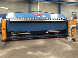 2 Axis Angle & Backgauge 3200mm x 4mm Panbrake - picture17' - Click to enlarge