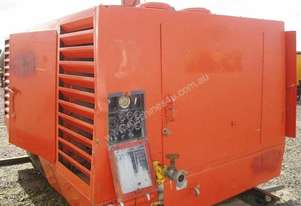 Sullair   900DPQ Air Compressor