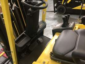 Used Hyster 4 Wheel Battery Electric Forklift - picture2' - Click to enlarge