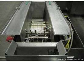 Topping Depositor / Streusel Machine (shredded cheese etc) - picture1' - Click to enlarge