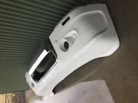 Freightliner Coronado Front Bumper + Bull Bar - picture1' - Click to enlarge