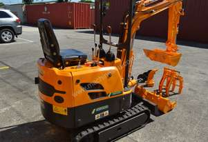 850KG MINI EXCAVATOR FREE 3X BUCKETS RIPPER POST