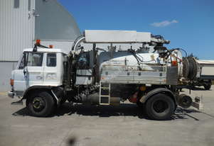 Hino Jetting Vacuum Combination Truck