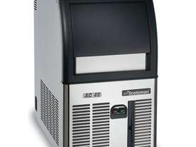 Scotsman ACM 46-A Underbench Self Contained Ice Maker - picture1' - Click to enlarge