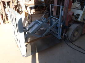 Slipsheet Forklift Attachment Class 2 Cascade - picture1' - Click to enlarge