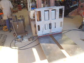 Slipsheet Forklift Attachment Class 2 Cascade - picture0' - Click to enlarge