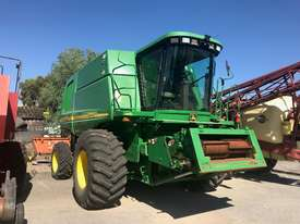 John Deere 9660 Header(Combine) Harvester/Header - picture0' - Click to enlarge