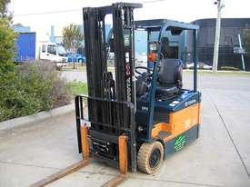 TOYOTA 7FBE15 3 Wheeled Battery Electric with LOW HOURS - picture1' - Click to enlarge