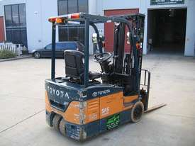 TOYOTA 7FBE15 3 Wheeled Battery Electric with LOW HOURS - picture3' - Click to enlarge