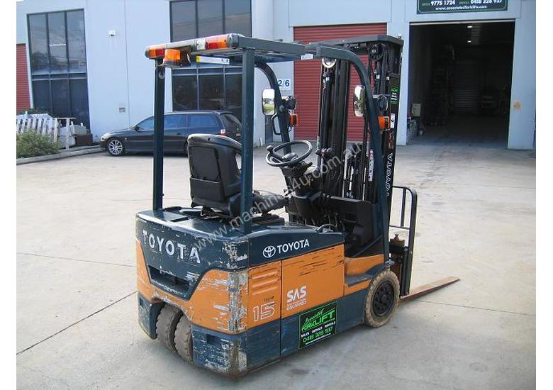 TOYOTA 7FBE15 3 Wheeled Battery Electric with LOW HOURS