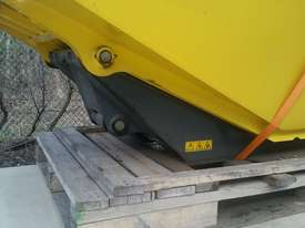 Dumper skip - only - picture4' - Click to enlarge